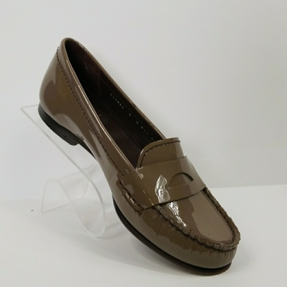 090874b373a Cole Haan Shoes - Cole Haan Nike Air Moc Toe Loafers Womens Size 6B